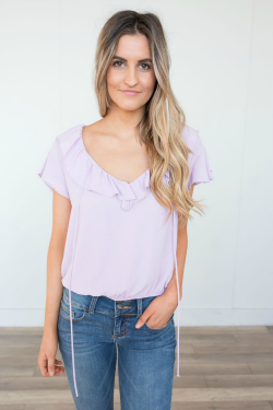 Lavender ruffled short sleeve top