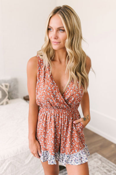 floral romper in rust